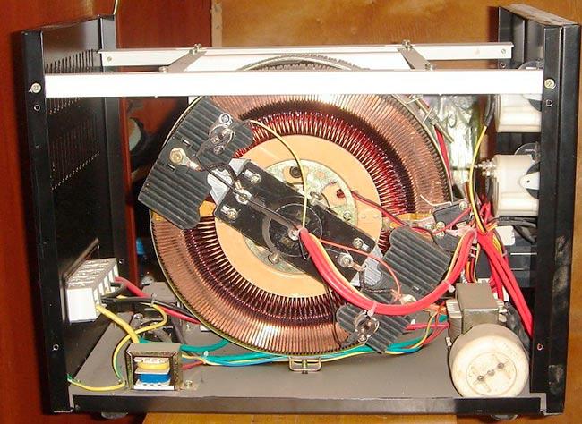Стабилизатор электромеханического типа